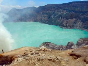 Kratermeer van de Ijen vulkaan