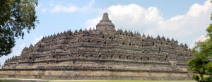 De Borobudur in volle omvang