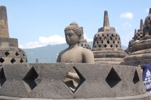 Borobudur: open stoepa