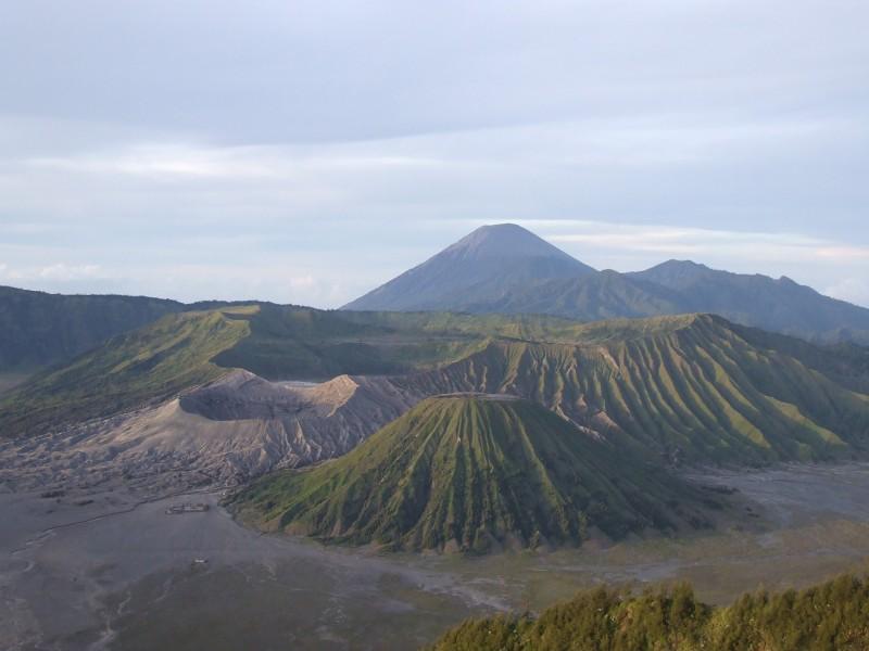De uniek gelegen Bromo vulkaan